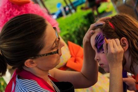 Another girl getting her face painted